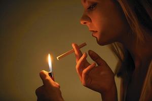 抽烟.jpg